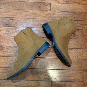 Forever 21 Ankle boots 7.5